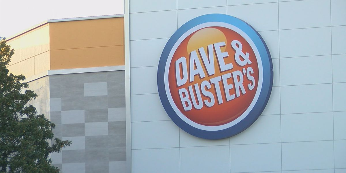 Dave and Buster's crowd will add to already heavy holiday traffic