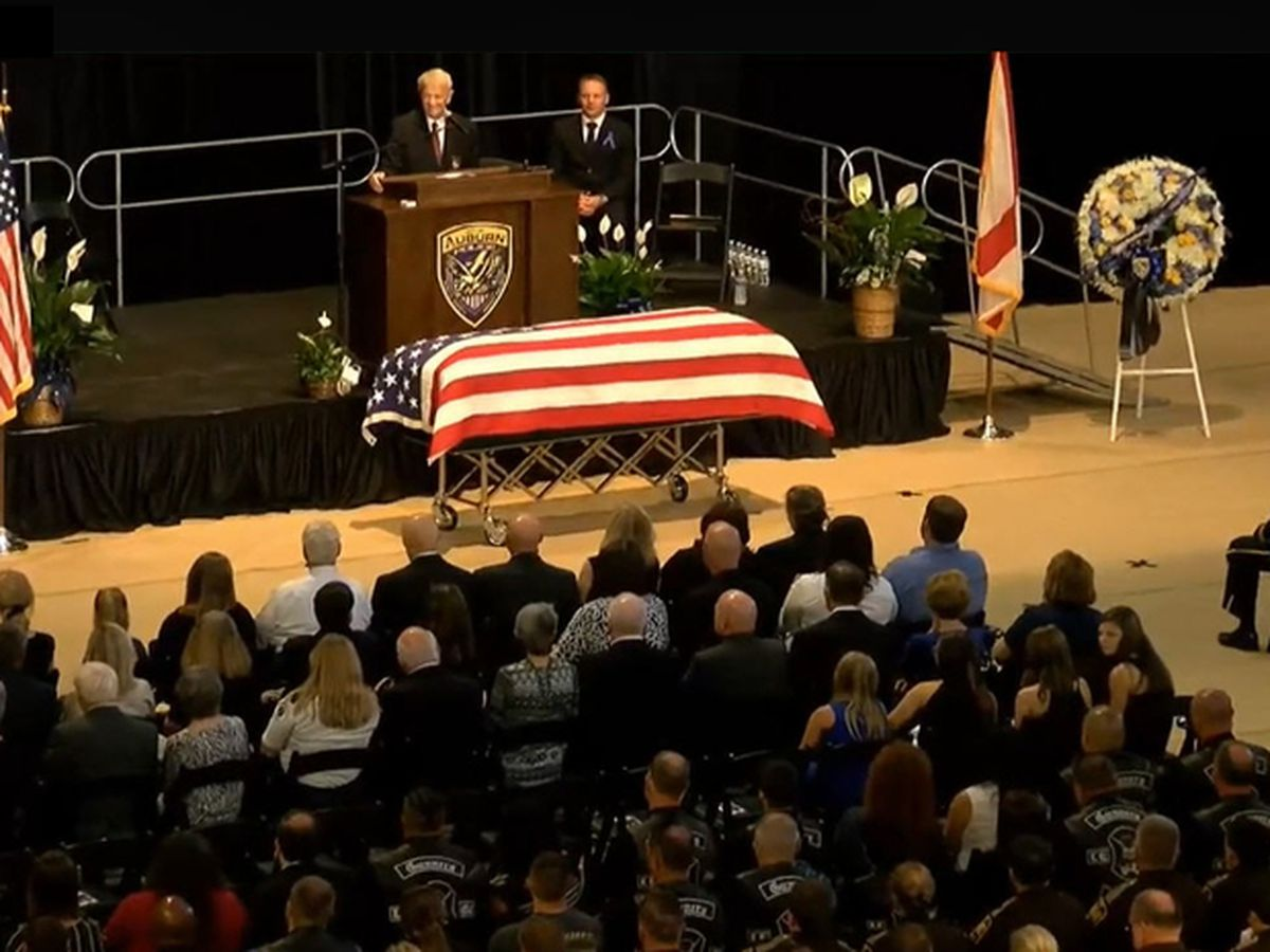 Auburn says goodbye to Officer William Buechner