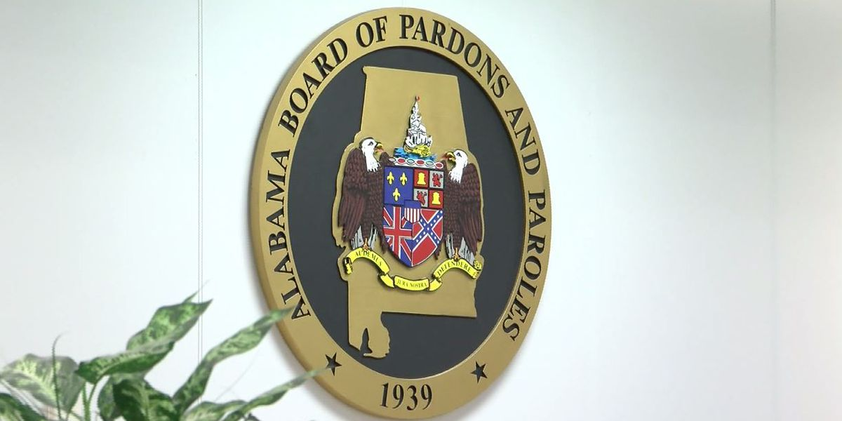 Governor taps state prosecutor to lead parole board