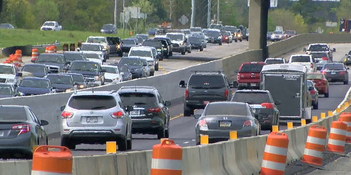 State Troopers ask drivers to get off cell phones in I-65 construction zone