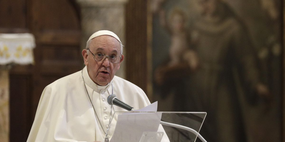 Francis becomes 1st pope to endorse same-sex civil unions