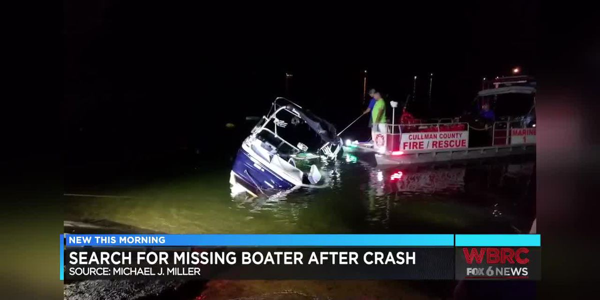Search for missing person after boat crash on Smith Lake