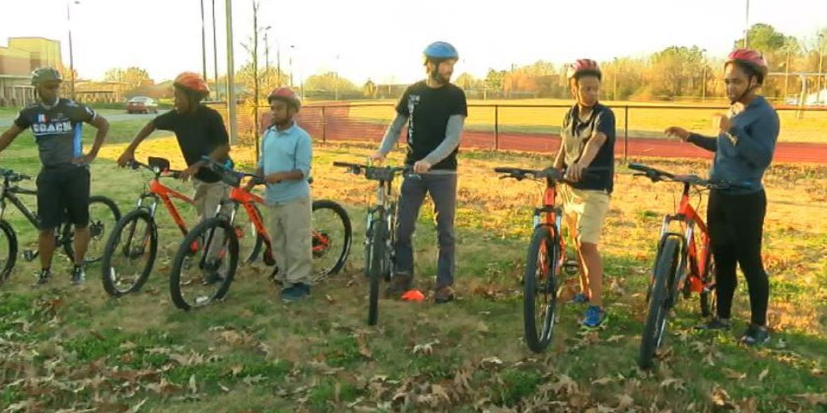 What's Right With Our Schools: First bike riding team at Hayes K-8