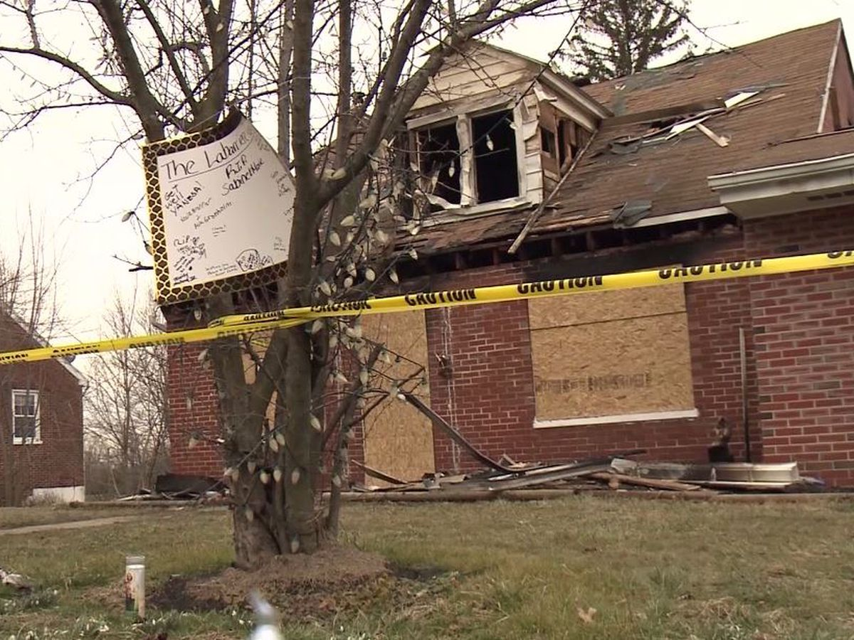 18-year-old hospitalized after running into burning Pa. home to try to save mother, grandmother