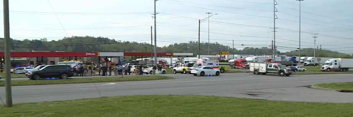 4 dead including suspect, 1 hurt in Tenn. truck stop stabbing