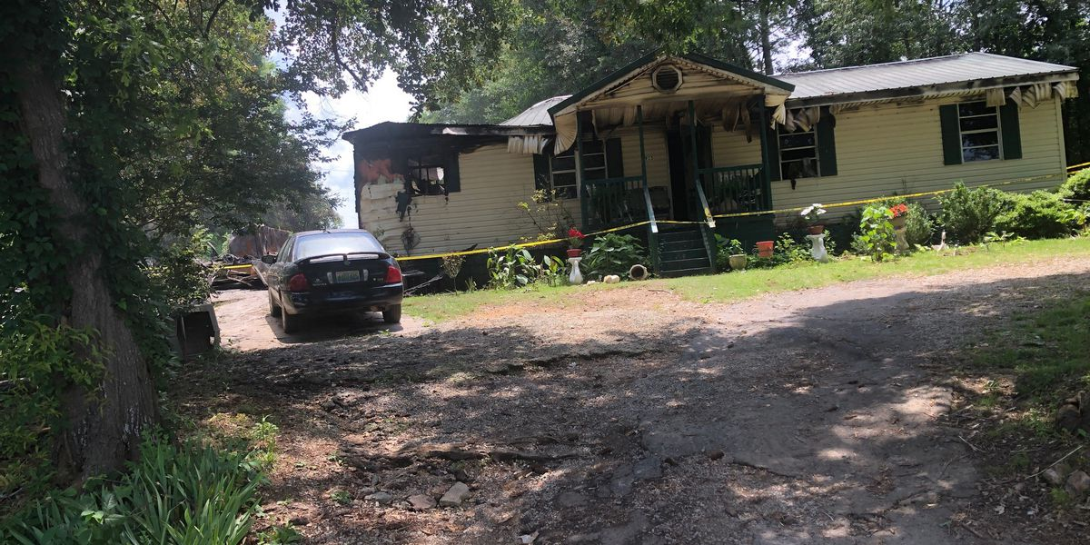 Oxford woman dies in Thursday night house fire