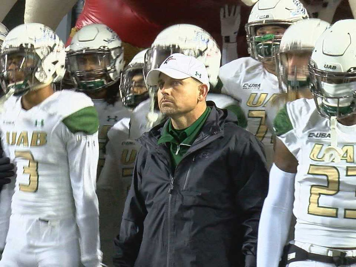 UAB football team leaves for CUSA championship game