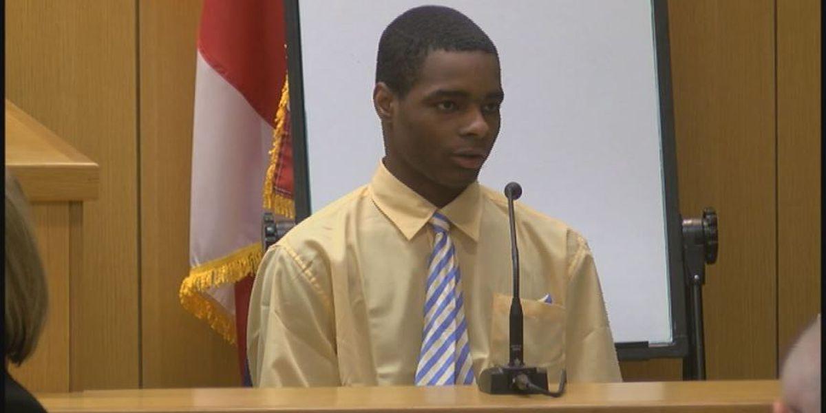 Charleston Wells testifies in his murder trial