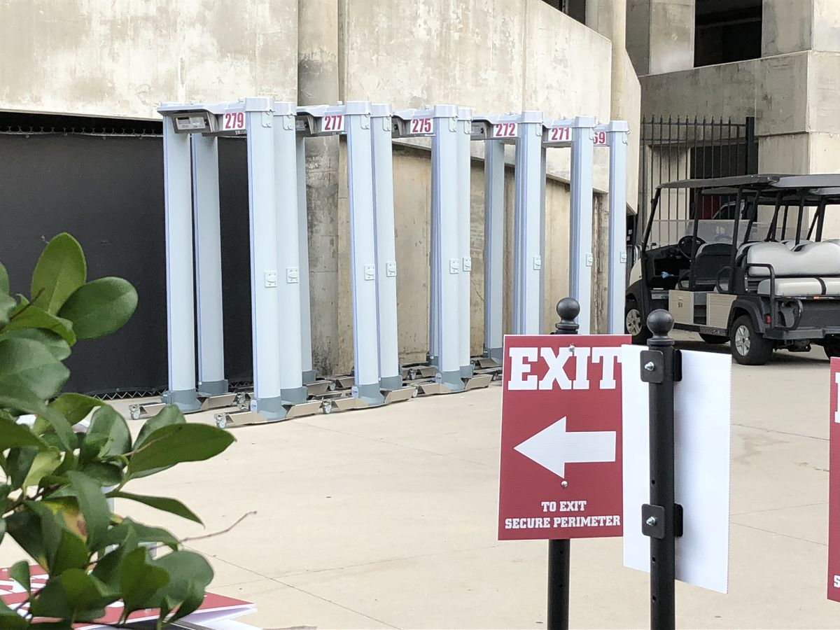No-show metal detector workers slowed entry into stadium for Bama fans