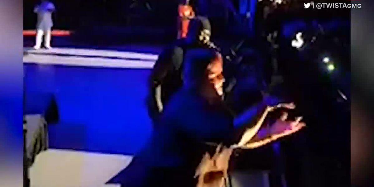 Sign language interpreter steals show from rapper Twista