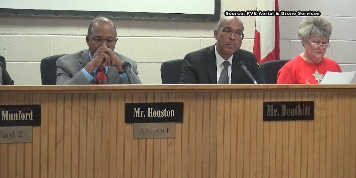 Anniston City Schools superintendent steps down