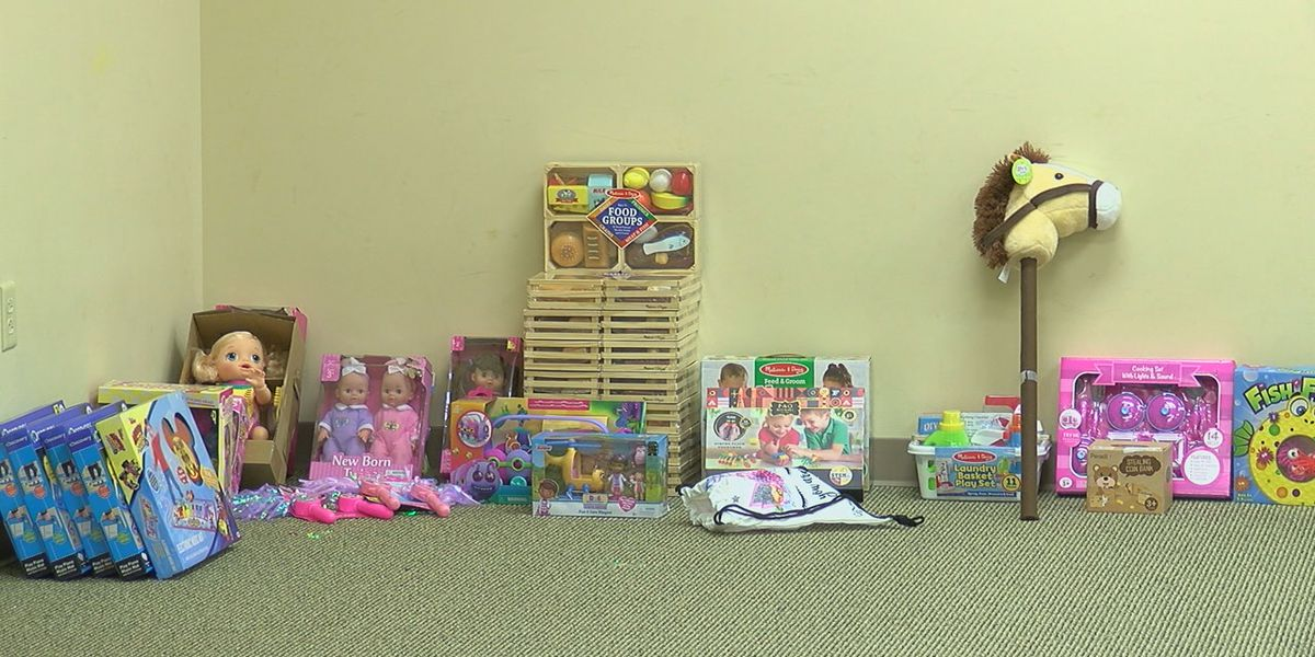 Birmingham Police hosting a toy, coat and shoe drive