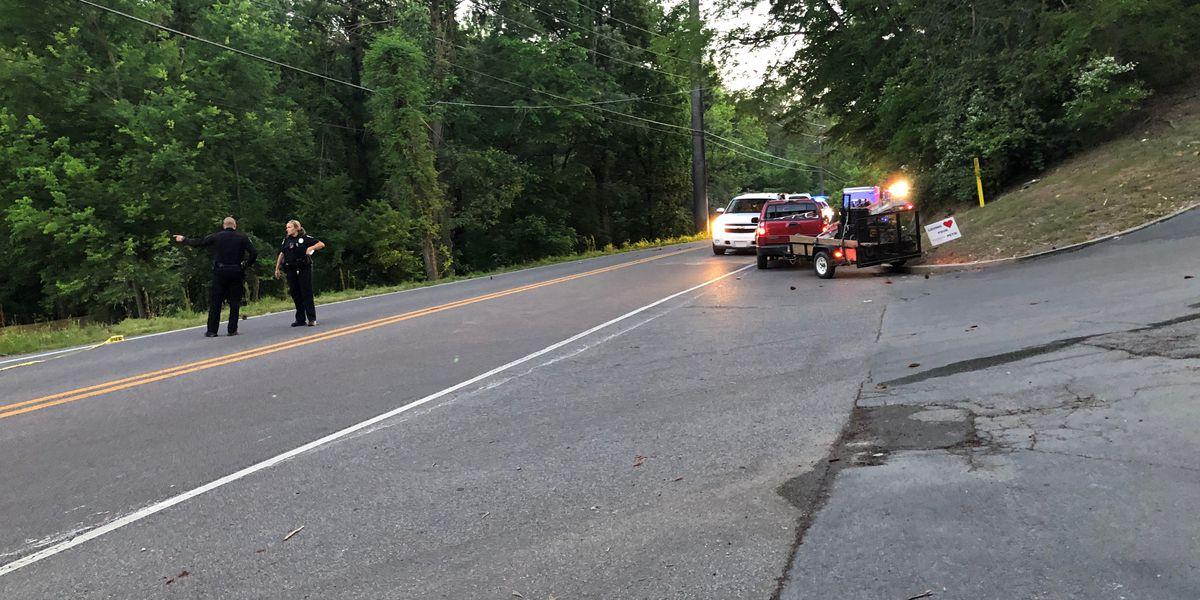 Man, 36, killed in crash on Rocky Ridge Road in Hoover