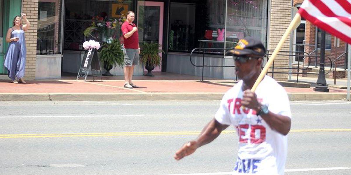 Veteran carries flag throughout Arkansas, spreading unity