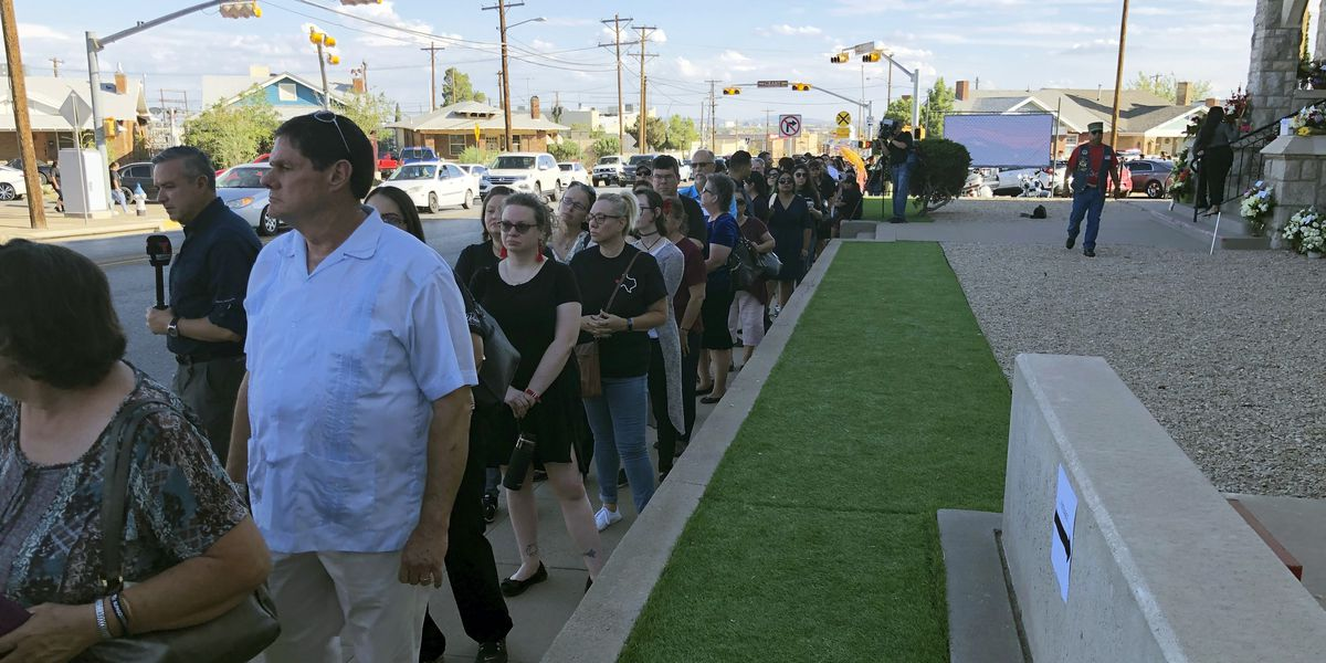 Hundreds arrive to honor El Paso victim after public invited