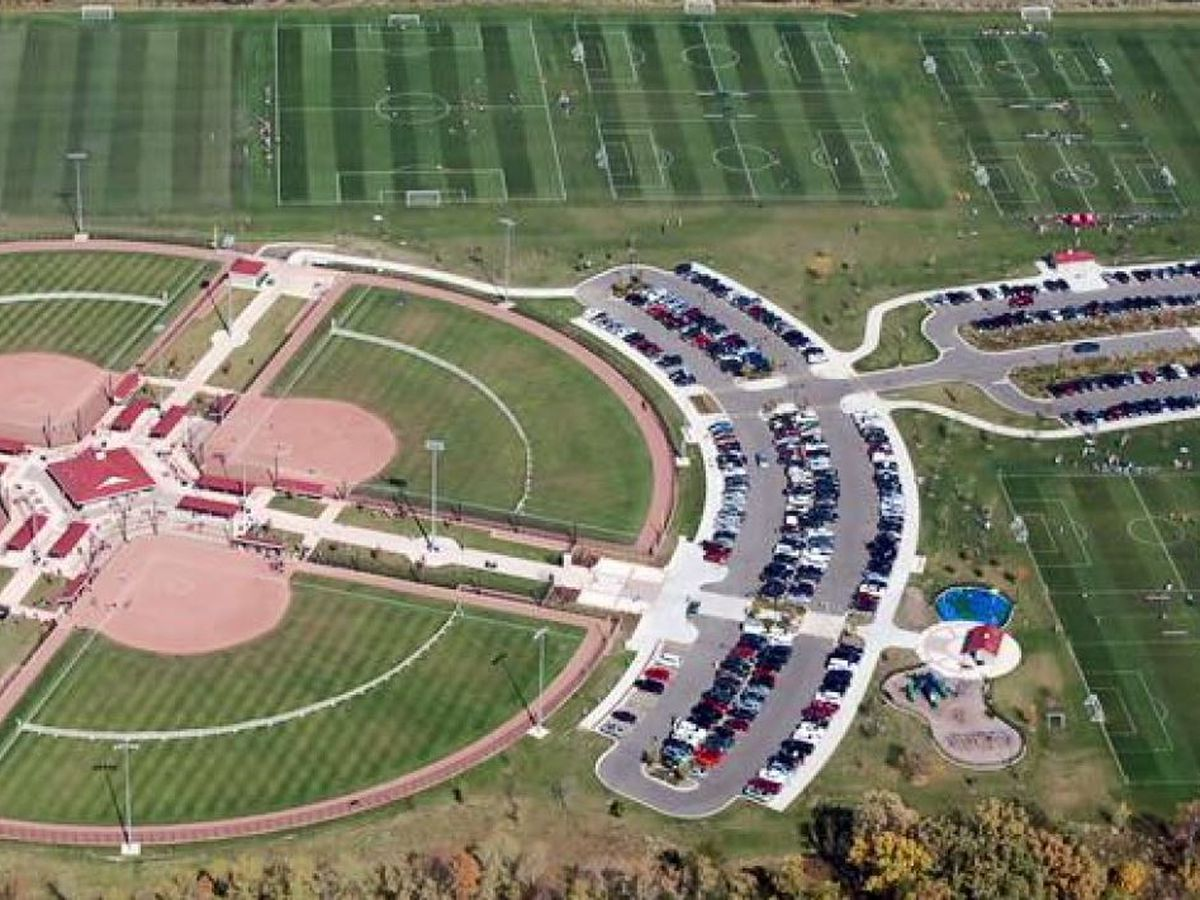 Etowah Sports Complex authority sells land to Rainbow City, will be leased