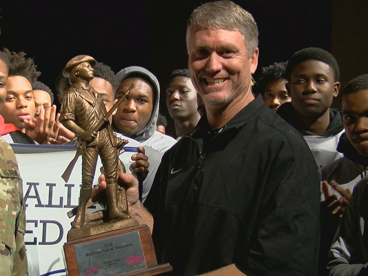 Pinson Valley football team honored as Top 100 Program in nation
