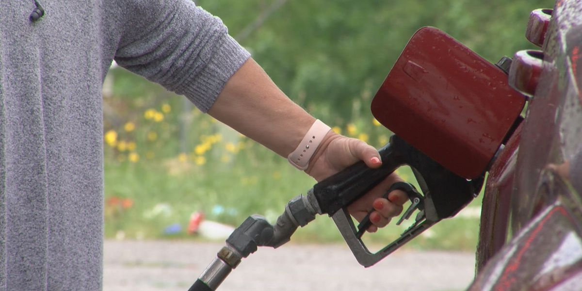 National gas prices hit $3/gallon average for first time since 2014