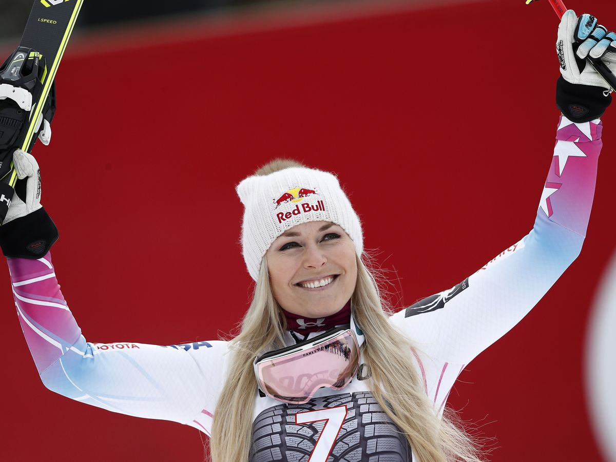 US coach: Vonn plans to return to racing next month