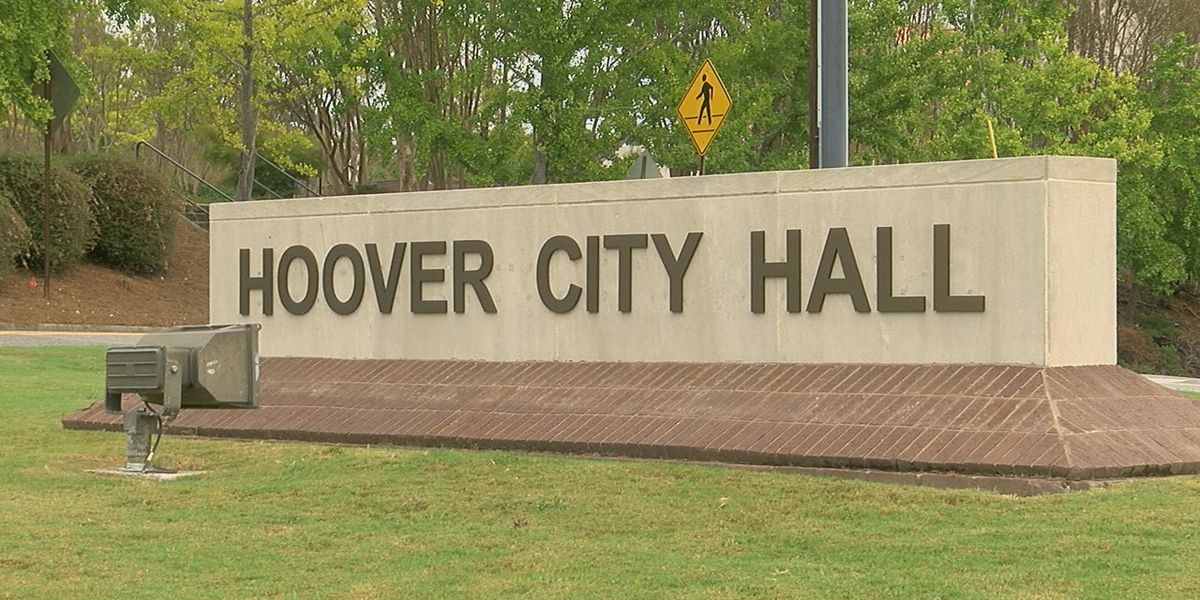 Hoover council passes temporary moratorium on vape, pawn & payday loan stores