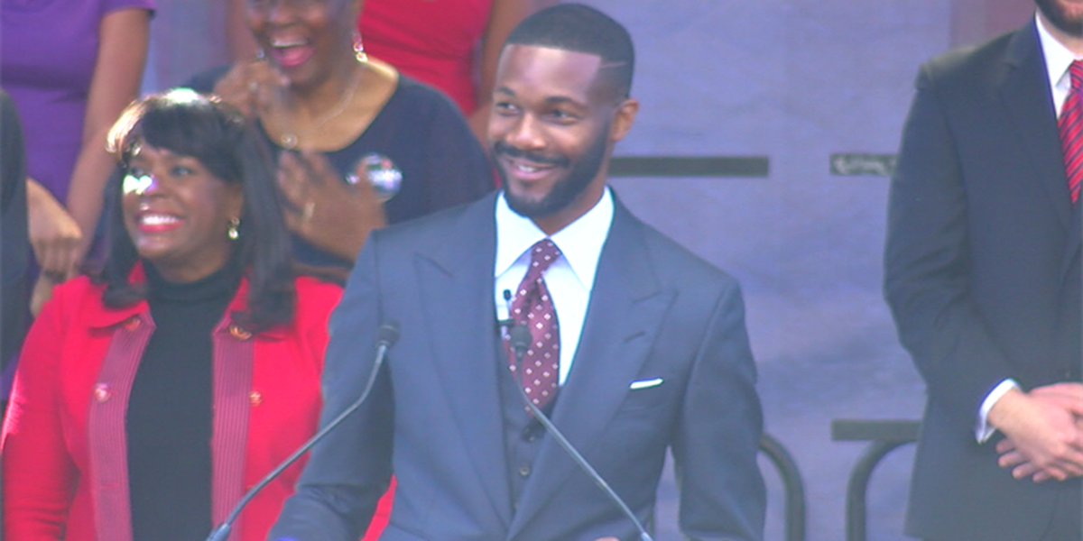 Randall Woodfin becomes Birmingham's new mayor