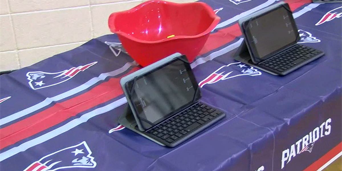 Midfield students receive 150 free tablets.
