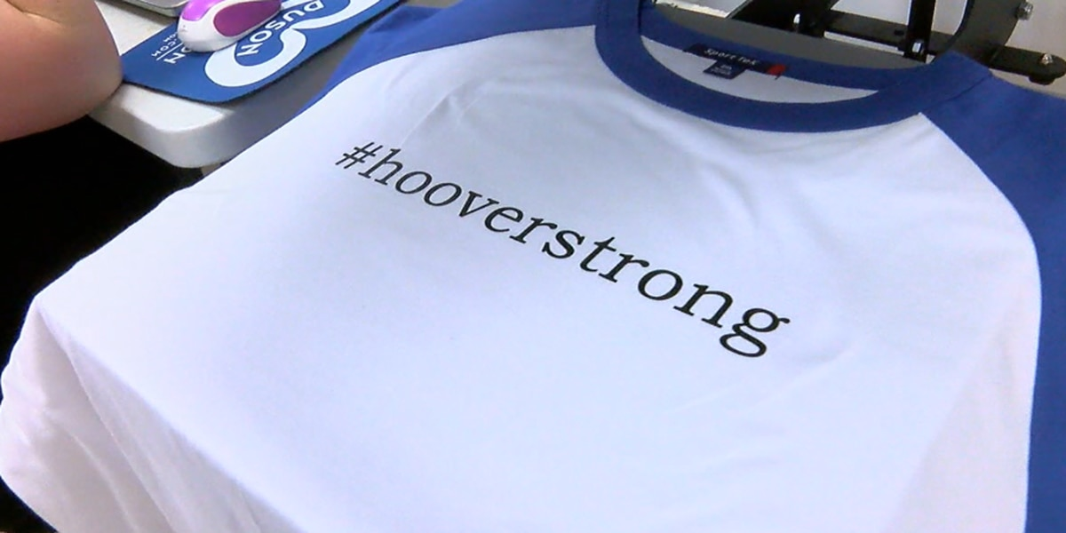 Hoover business makes #hooverstrong shirts to support police