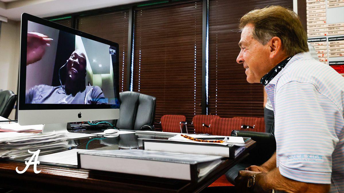 Michael Jordan talks to Bama football team, Coach Saban
