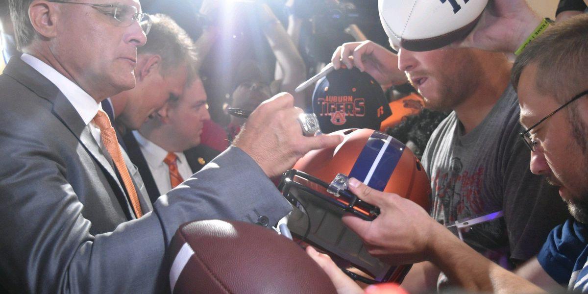 Auburn, Malzahn agree to contract extension through 2024
