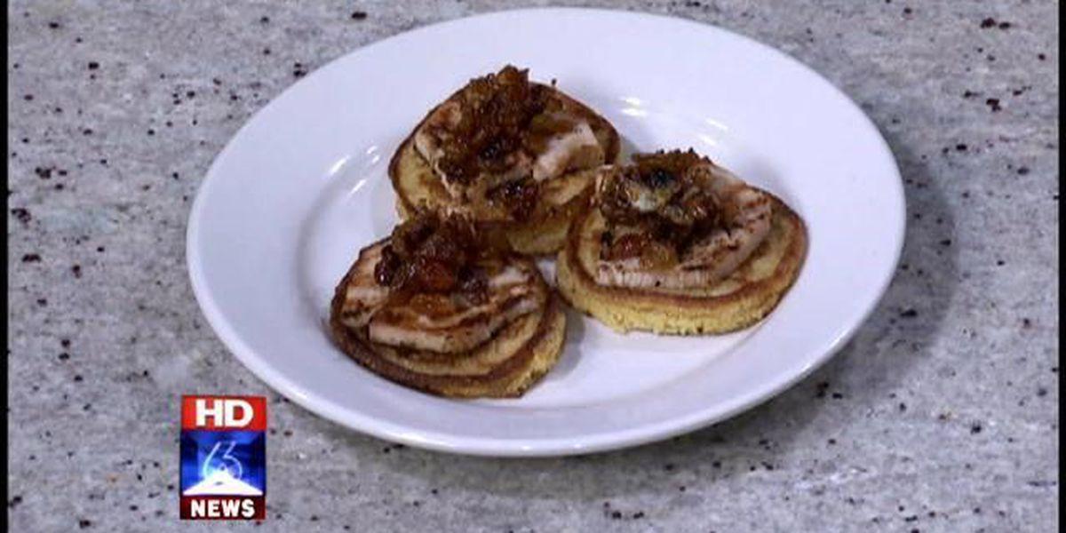 Roasted turkey breast on corn cakes with golden raisin chutney