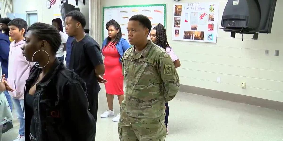 VIDEO; J-O senior in the U.S. Army