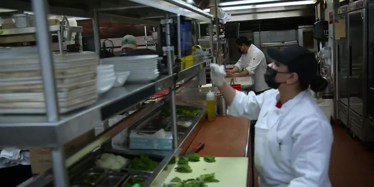 Restaurant owners claim they're having trouble finding workers
