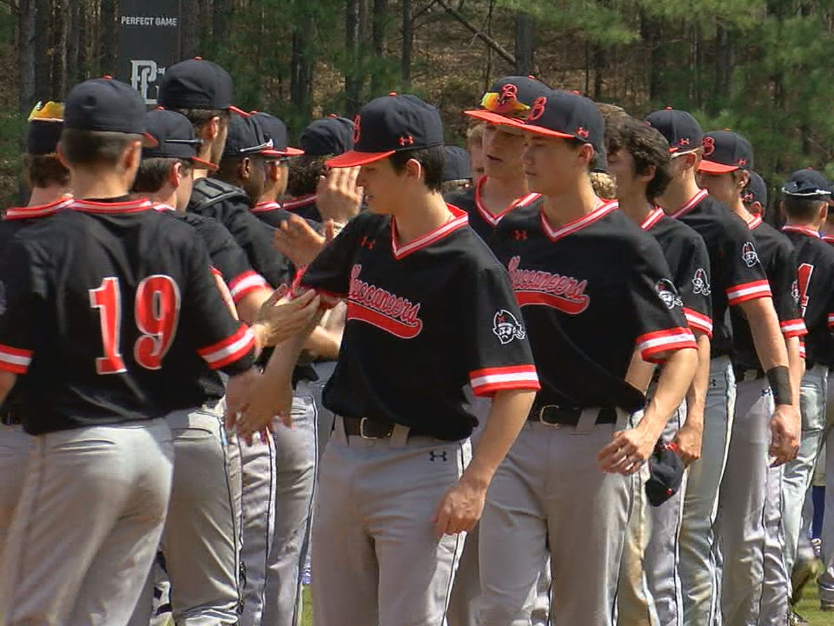 Hoover baseball coach Adam Moseley earns his 400th win