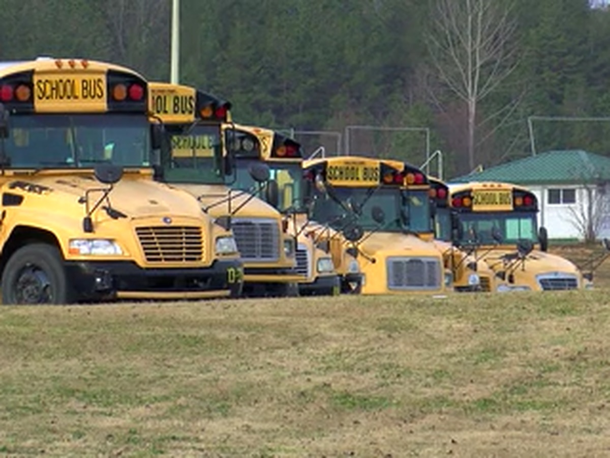 Shelby Co. bus driver buys breakfast for entire school bus