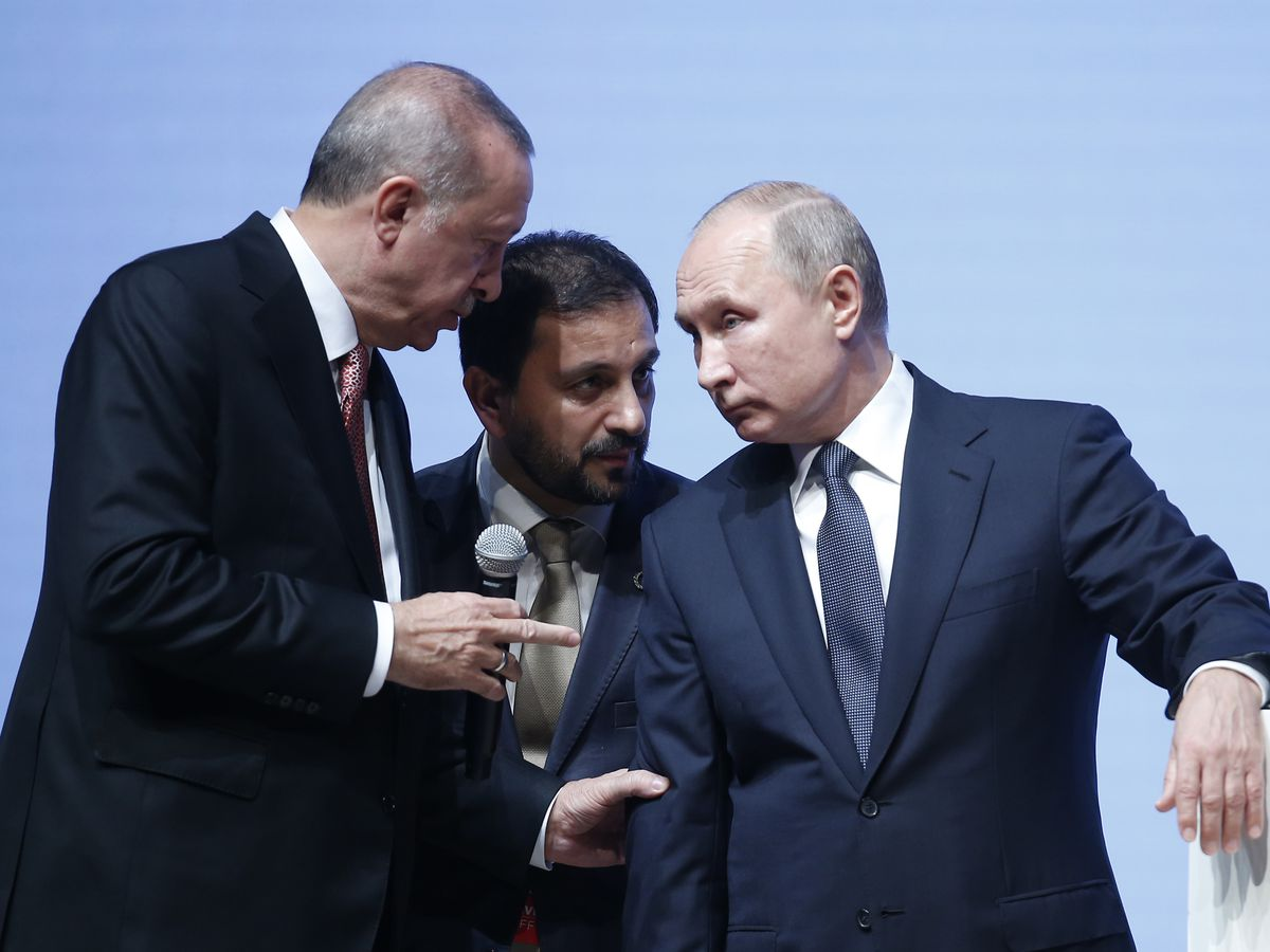 Putin and Erdogan mark key phase in natural gas pipeline