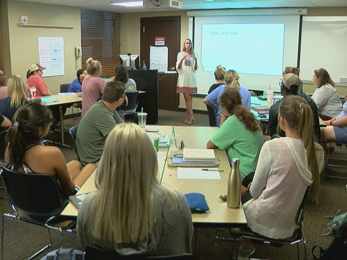 UA education majors take anti-bullying, suicide prevention training