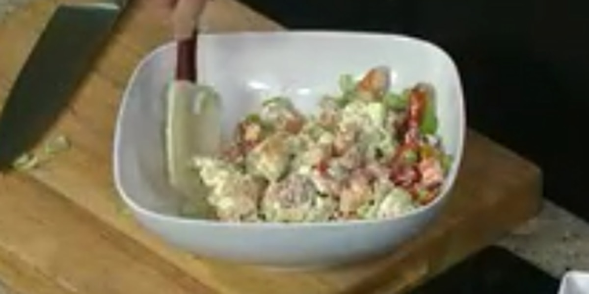 Homewood Gourmet: Summer tomato and shrimp salad