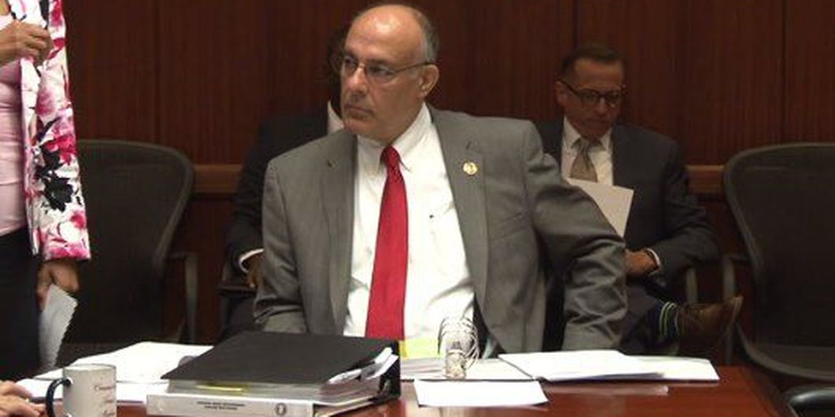 Jefferson County Manager Tony Petelos to take a medical leave of absence